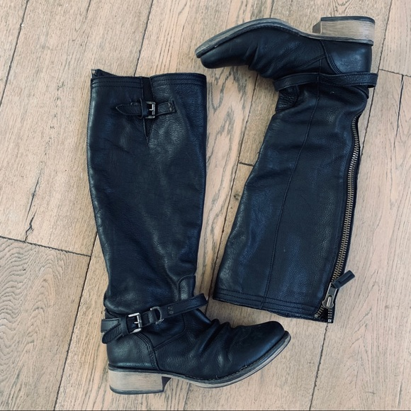 Steve Madden Shoes - STEVE MADDEN Ravinn black leather moto boot
